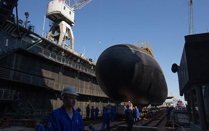 Marinha russa recebe novo submarino diesel-elétrico Kolpino - Sputnik Brasil
