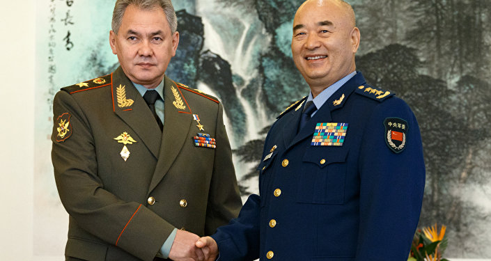 A visita oficial do ministro de defesa, Sergei Shoigu, na China