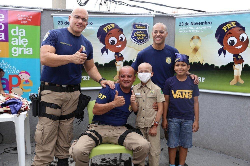 A ação fez parte do Dia Nacional de Combate ao Câncer Infantil
