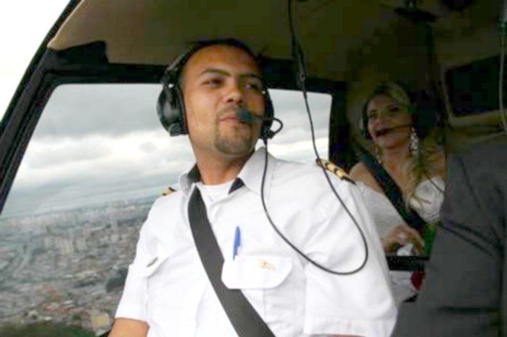 O piloto Peterson Pinheiro tinha experiência em transportar noivas