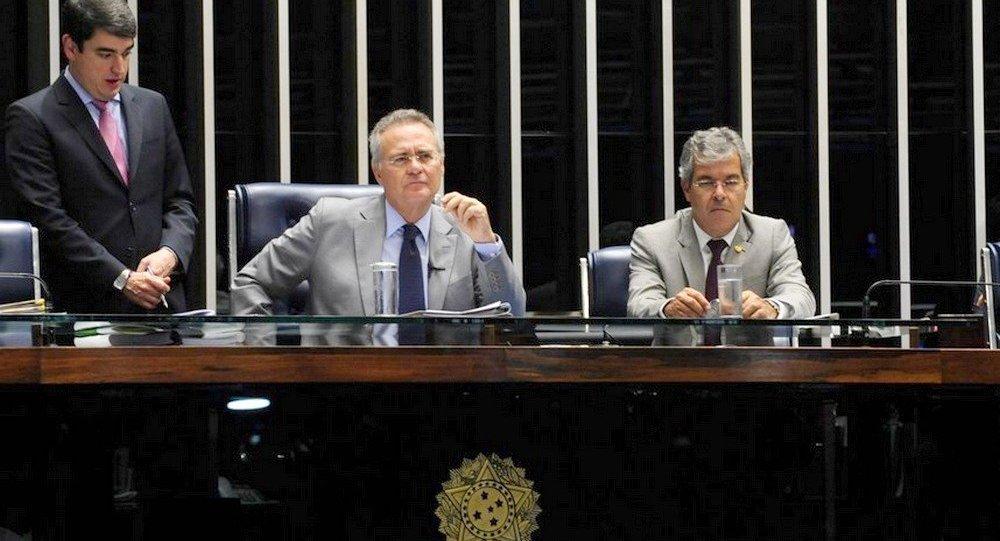 Renan Calheiros com Jorge Viana, primeiro-vice-presidente do Senado