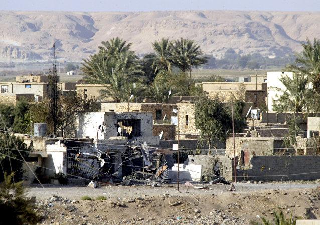 Cidade de Al-Qaim, na fronteira com a Síria, em foto de 29 de outubro de 2005