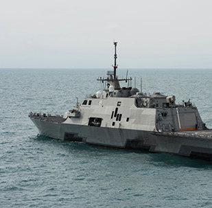 O navio de combate litoral USS Fort Worth (LCS 3)