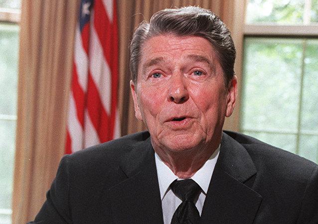 Presidente dos EUA, Ronald Reagan, 24 de junho de 1986