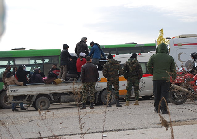 Evacuação da cidade síria de Aleppo