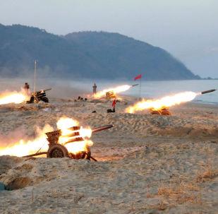 Lançamento de mísseis na Coreia do Norte
