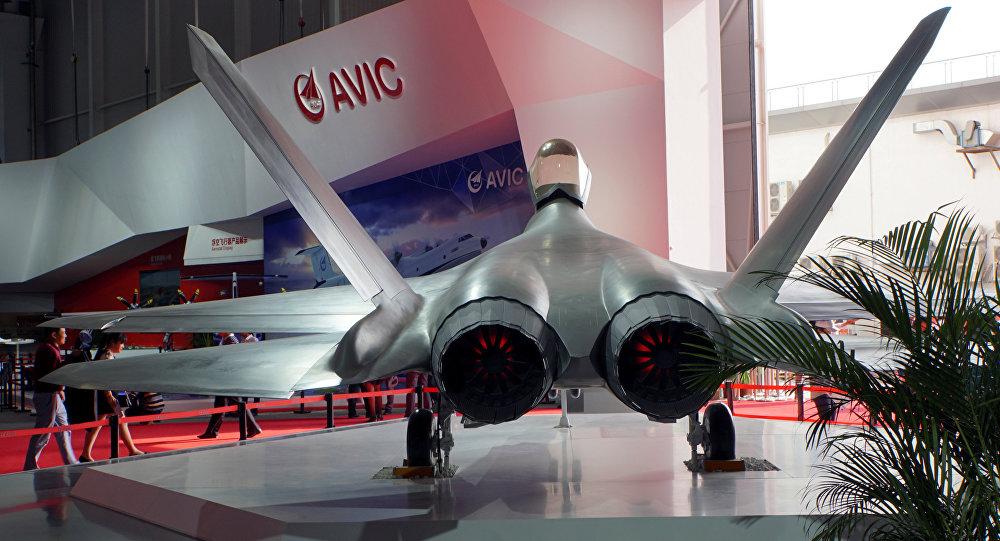 Caça stealth FC-31 exibido na exposição Airshow China em Zhuhai, província de Guangdong, na China, 3 de novembro de 2016