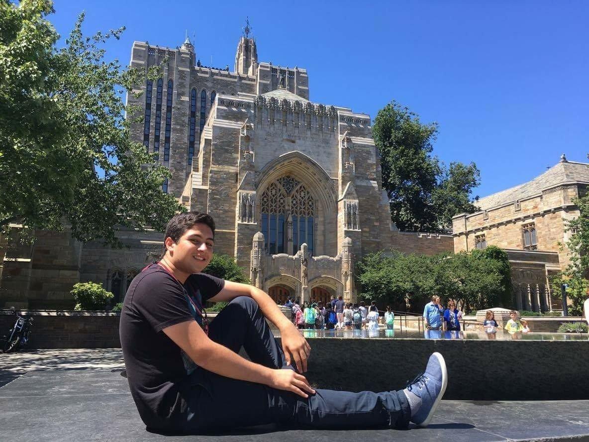André Garcia disse que agarrou todas as oportunidades para realizar o seu sonho de uma educação universitária no exterior
