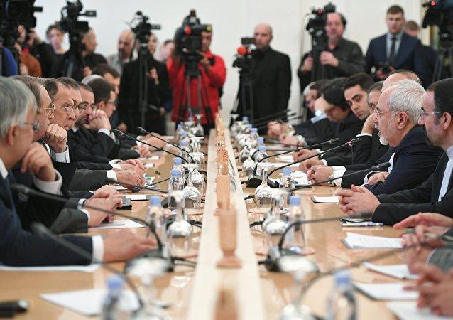 A reunião dos chanceleres russo, iraniano e turco, em 20 de dezembro, Moscou