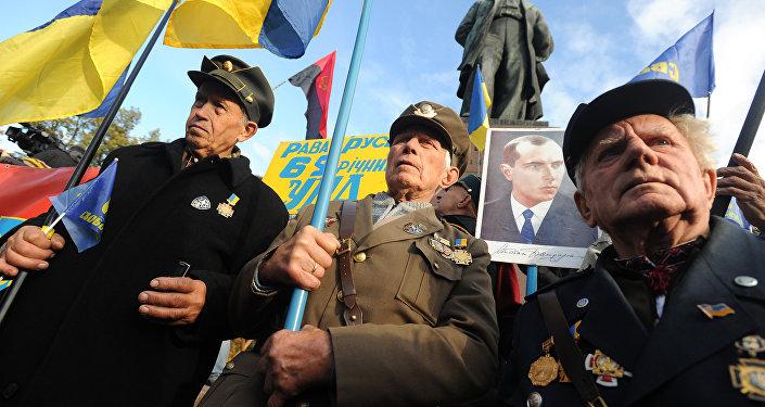 Marcha de nacionalistas em Kiev (foto de arquivo)