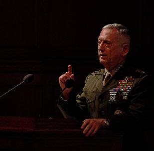 General aposentado da Infantaria da Marinha a candidato ao posto de Secretário de Defesa norte-americano, James Mattis