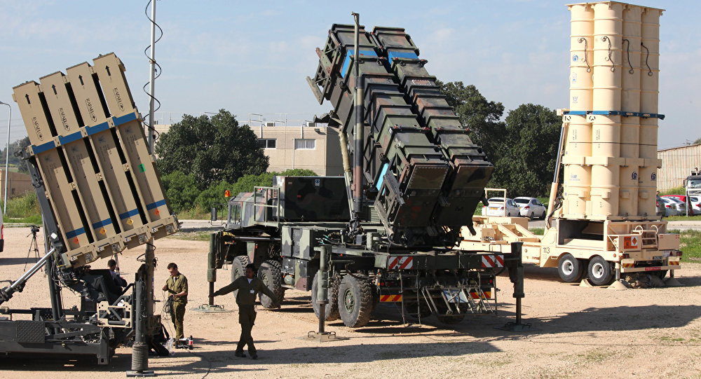Sistemas antimísseis israelenses Iron Dome, MIM-104 Patriot e Arrow 3, durante as manobras conjuntas Juniper Cobra