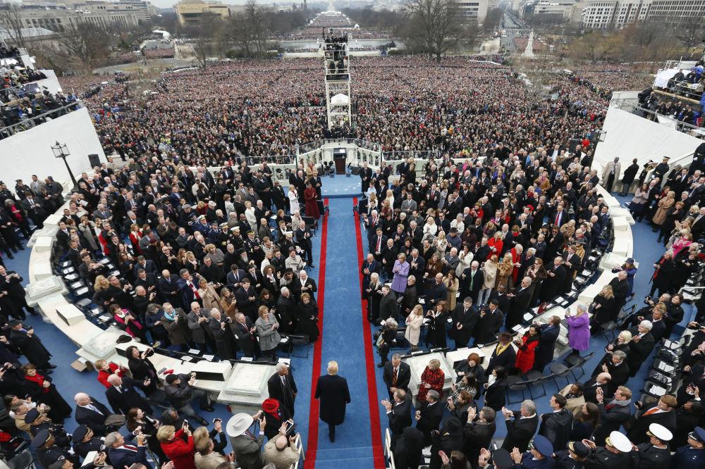 45º presidente dos EUA durante a cerimônia
