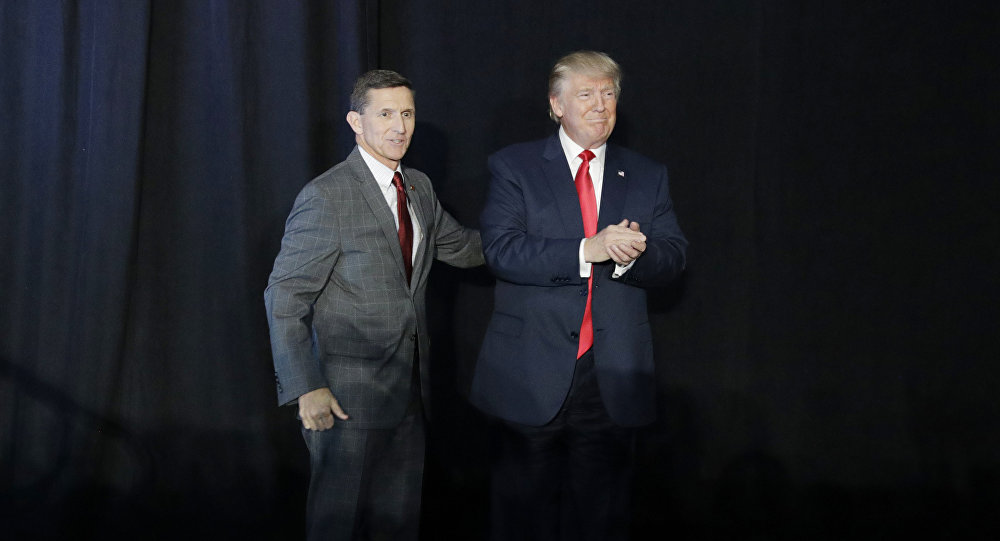 Tenente-general Micahel Flynn e Donald Trump
