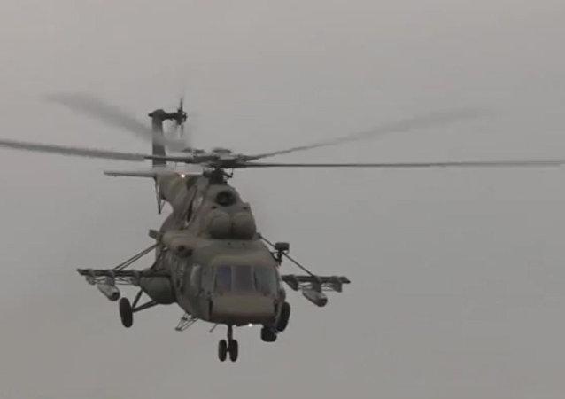 Confira os voos de treinamento dos helicópteros Mi-8AMTSh Terminator do Ministério da Defesa da Rússia