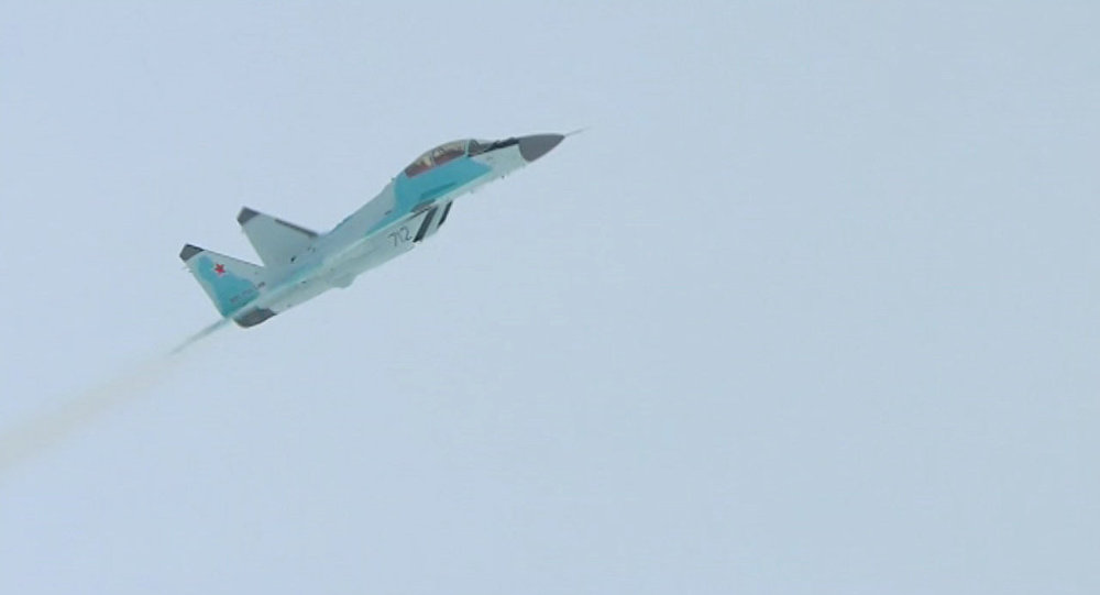 MiG-35, o caça russo de geração 4++, uma versão aperfeiçoada dos aviões de assalto MiG-29M/M2, durante a apresentação internacional na cidade de Lukhovitsy, em 27 de janeiro de 2017