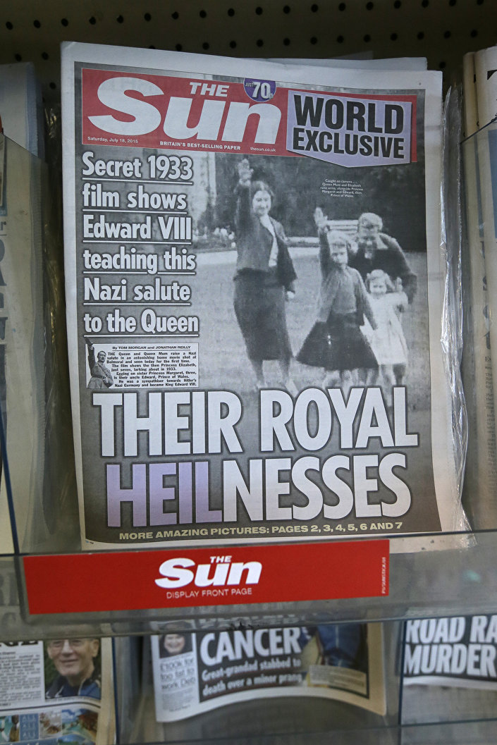 Futura rainha britânica Elizabeth II mostra saudação nazista aos seis anos de idade