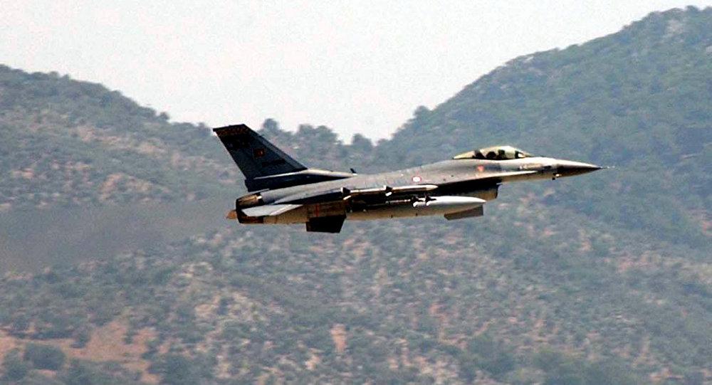 Caça da Turquia F-16