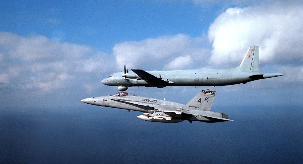 Caça F/A-18 Hornet da Marinha dos EUA