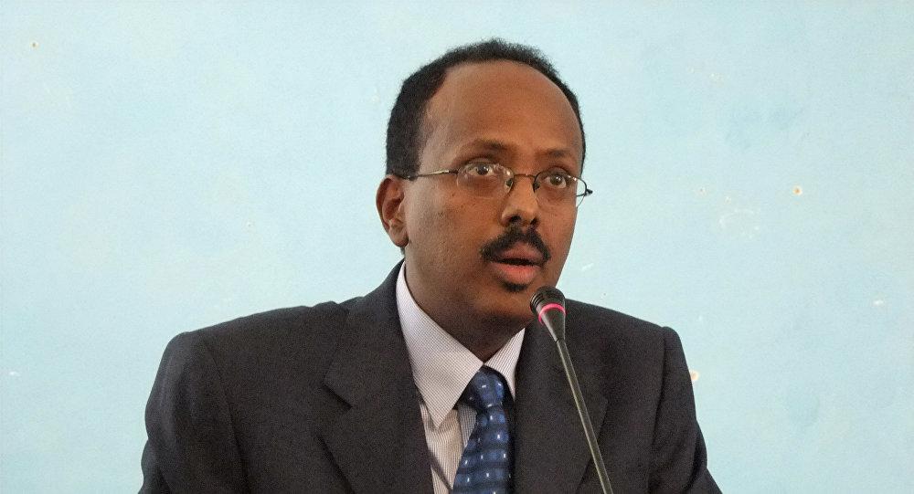 Em foto de arquivo de novembro de 2010, o então primeiro-ministro somali Mohamed Abdullahi Farmajo, atual presidente da Somália