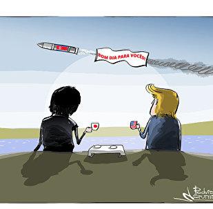 Lançamento do míssil norte-coreano coincidiu com o encontro entre o presidente dos EUA Donald Trump e o premiê japonês Shinzo Abe