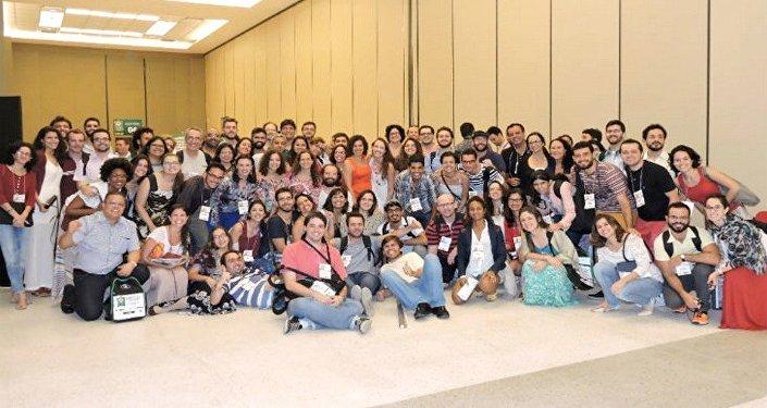 Médicos se unem em defesa da saúde pública e do atendimento gratuito