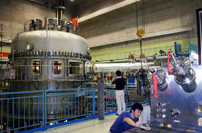 Tokamak chinês EAST (reator experimental de fusão nuclear)