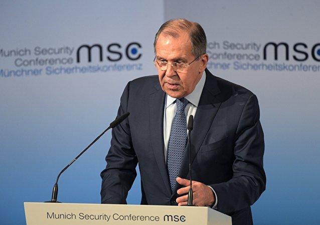Ministro das relaçõe exteriores da Rússia Serguei Lavrov na Conferência de Segurança em Munique