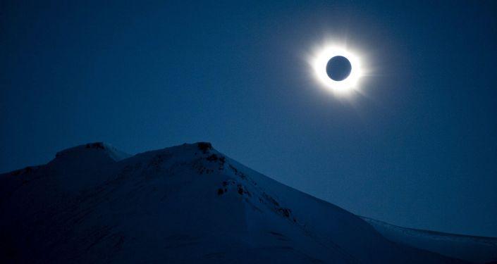 Eclipse solar (imagem referencial)