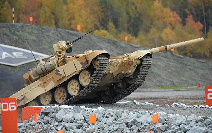 Tanque T-90S apresentado na Russian Expo Arms 2013, em Nizhny Tagil