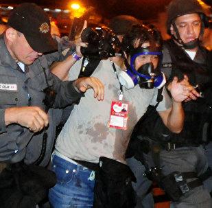Relatório mostra violência contra jornalistas no Brasil