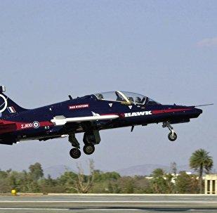 O avião de treinamento monomotor britânico Advanced Hawk