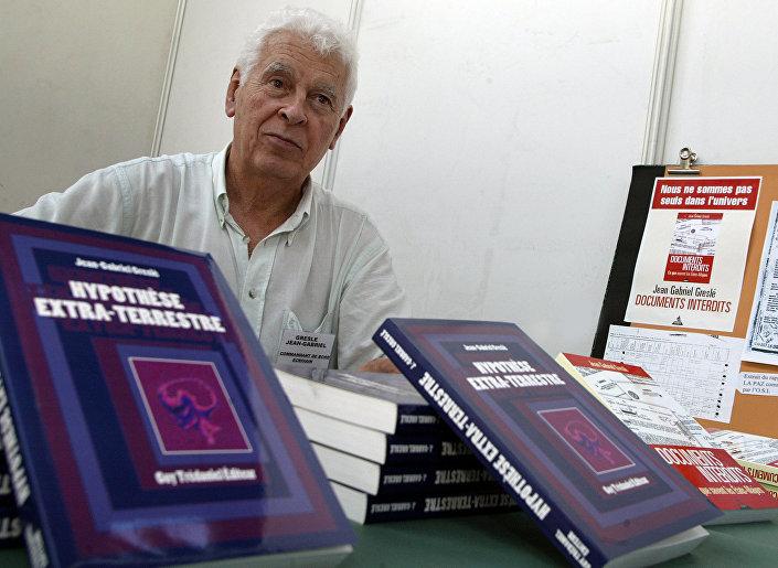 Ufólogo e ex-piloto Jean-Gabriel Greslé