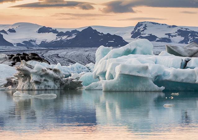 Jokulsarlon, lago glacial, Islândia