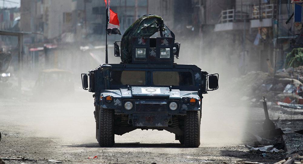 Veículo militar da Polícia Federal iraquiana em Mossul, em 24 de março de 2017