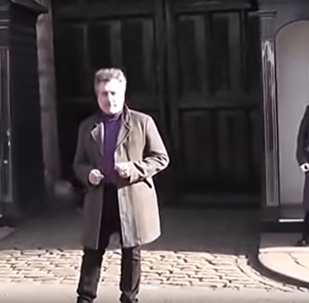 Turista consegue fazer enlouquecer militar da Guarda Real britânica
