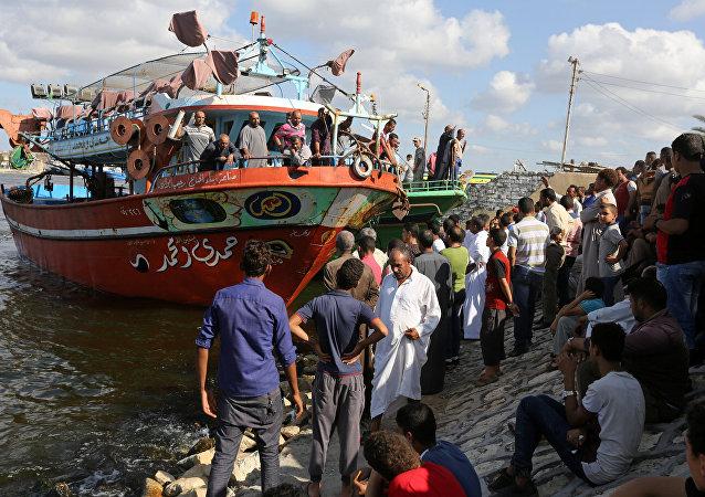 Los refugiados del barco que naufragó