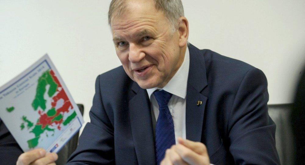 Andriukaitis disse que quer ajudar o Brasil a recuperar a confiança da carne no mercado internacional