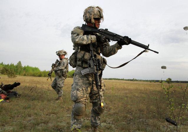 Soldados da 173ª brigada de paraquedistas dos EUA