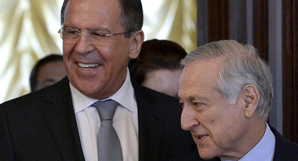 Ministro das Relações Exteriores da Rússia, Sergei Lavrov, recebe em Moscou o chanceler chileno, Heraldo Muñoz