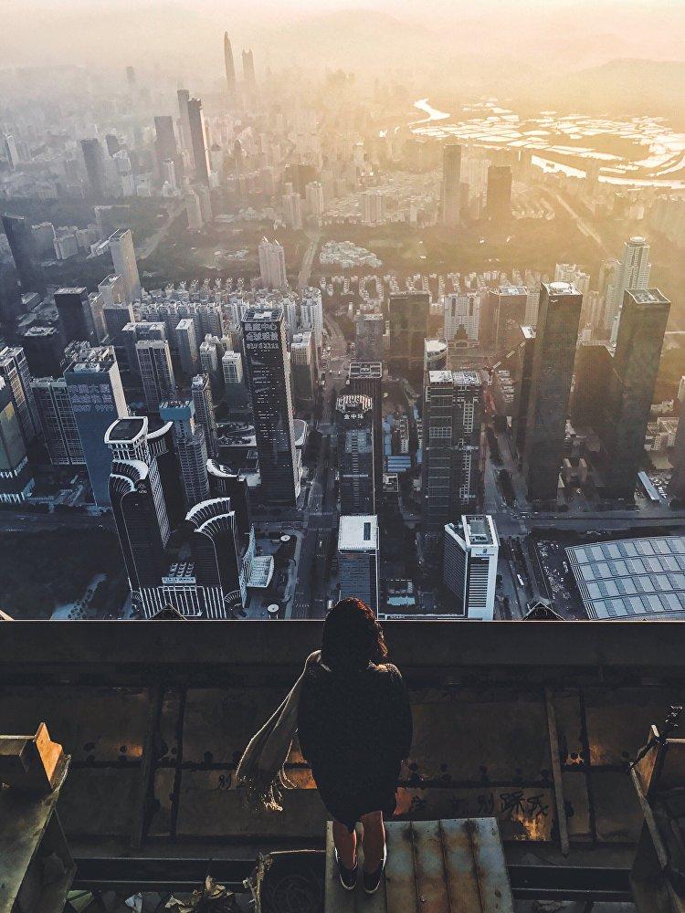 Amanhecer em Shenzhen, outra grande cidade na província de Guangdong que é considerada uma das cinco maiores e mais ricas cidades da China