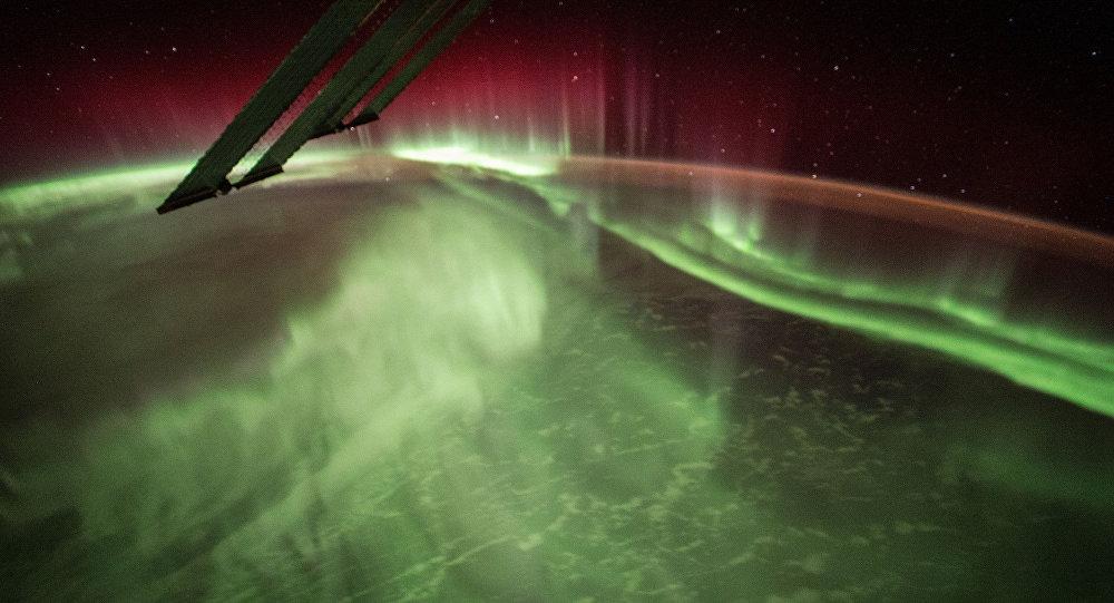 Foto de aurora boreal tirada pela NASA