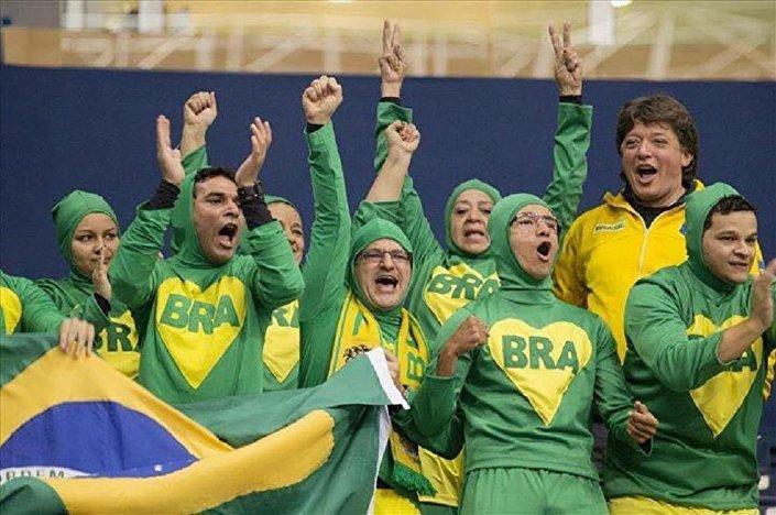 Os Chapolins Brasileiros que se viralizaram nas redes e ficaram conhecidos devido à participação ativa nas Olimpíadas 2016 com uma torcida emocionante em várias modalidades
