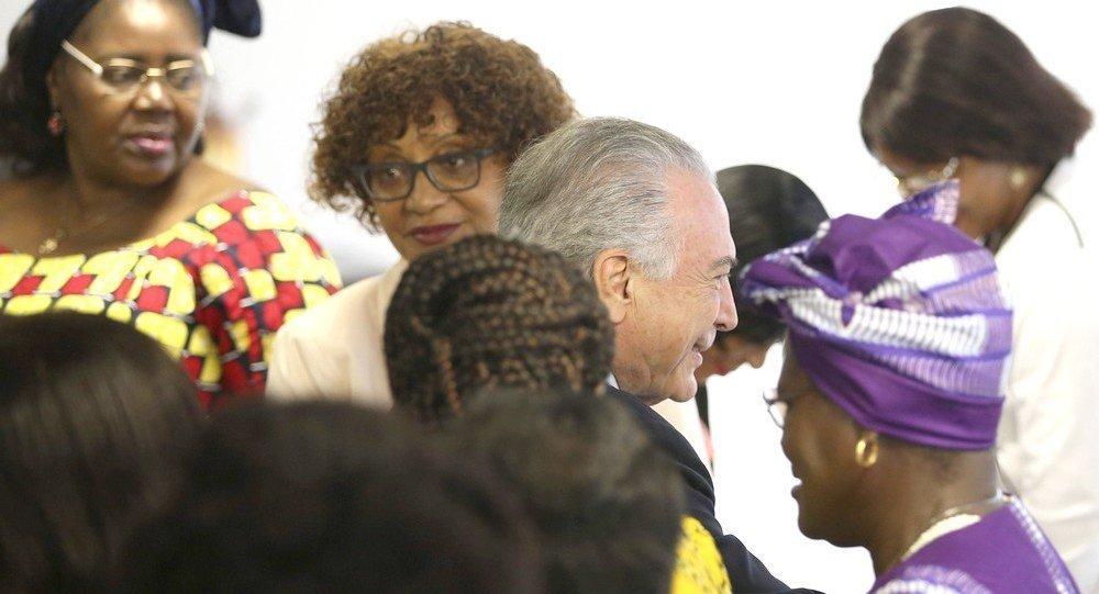 Temer recebe deputadas da Assembleia Parlamentar da CPLP