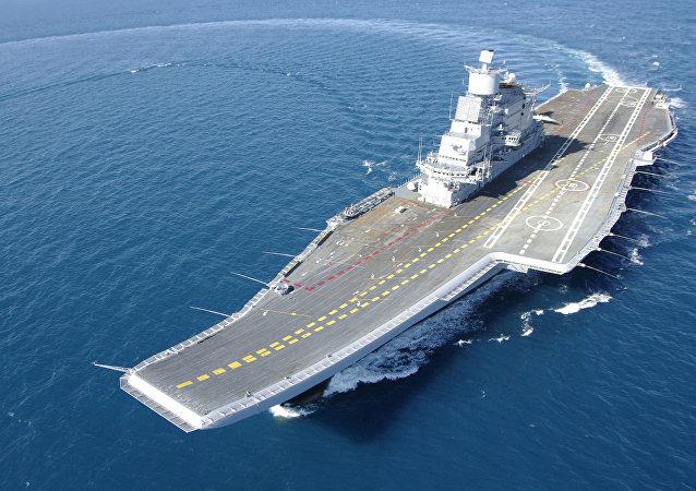 O INS Vikramaditya é um porta-aviões da classe Kiev modificado que entrou em serviço da Marinha da Índia em 2013. Originalmente construído como Admiral Gorshkov (ou Baku) e comissionado pela Marinha soviética em 1987, o porta-aviões permaneceu em serviço da Marinha russa durante metade da década de 1990. O porta-aviões foi comprado pela Índia em 2004 e foi sujeito a modernização. Após renovações, recebeu o nome de INS Vikramaditya, o que significa Corajoso como o Sol em Sânscrito