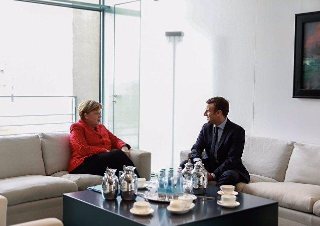 Encontro entre Angela Merkel e Emmanuel Macron