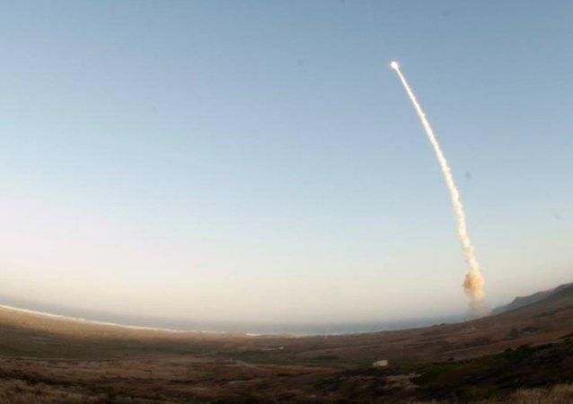 Lançamento de míssil balístico Minuteman III (imagem referencial)