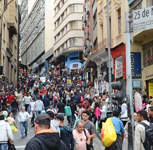 Comércio da 25 de Março é um dos mais tradicionais da capital paulista