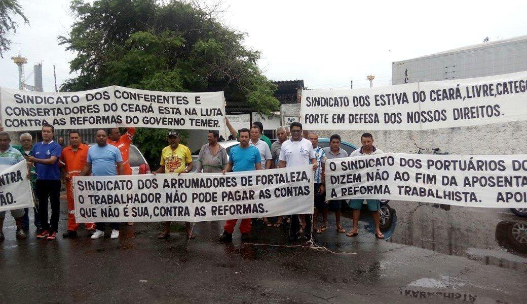 Os portuários também aderiram a Greve Geral no Ceará