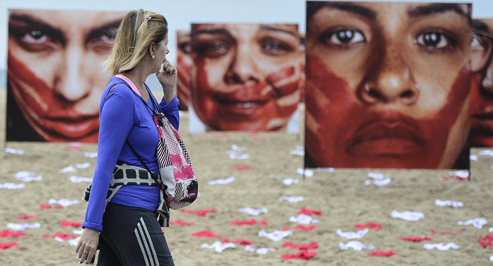 Adolescente vítima de estupro coletivo no Rio entra para programa de proteção